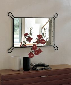 Pass, Espejo con marco de hierro