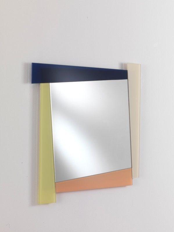 Specchio 03, Espejo cuadrado con marco de color