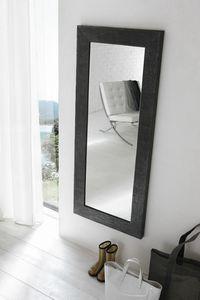SS500, Espejo con marco pintado.