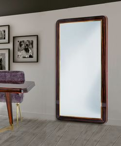 W07M, Espejo grande con marco de madera