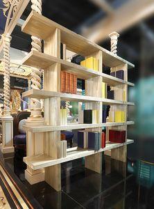 Librero, Librería en pino arenado, decorada con oro en polvo