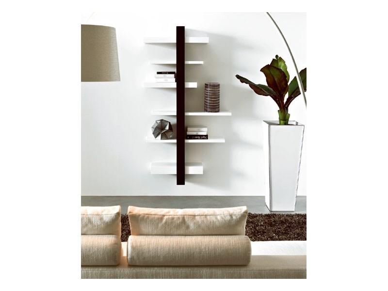 ART. 750 EMOTION, Estantería de pared en madera, a precio de salida
