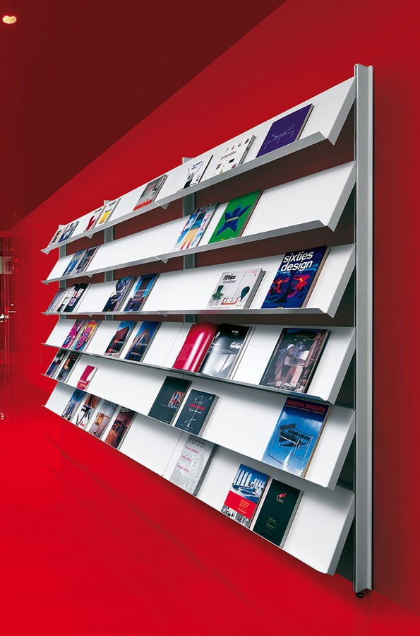 Big wall unit with floor support, Bibliotecas plataforma para oficinas y uso del contrato