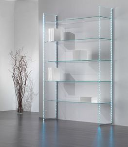 Glassystem comp.12, Librería de vidrio, con tiras de luz LED.