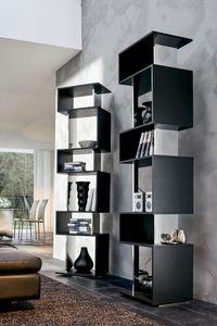 OSUNA, Librería giratoria de madera lacada, acabado de espejo
