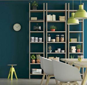 Step – Mood 4, Librería de madera con un diseño minimalista