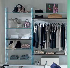 Glassystem comp.04, Muebles de vidrio para tienda de ropa.