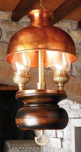 Art. L 70, Candelabro de madera y cobre, estilo country