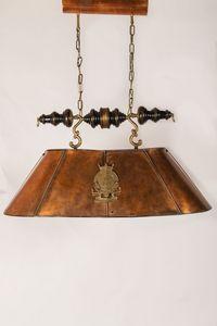 Art. L 77, Lámpara con pantalla de lámpara hecha de cobre envejecido