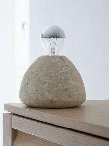 Bulb, Lámpara de pie, en piedra, para el estudio y la casa