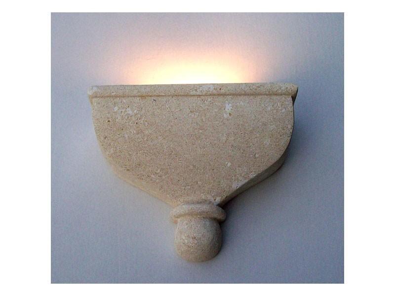 Catleia, Lámpara de pared, de piedra