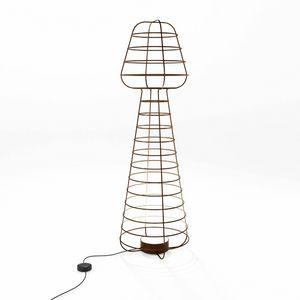 Colombina, Lámpara de tierra en hierro trabajado