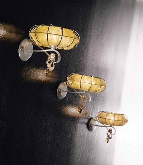 Dream applique, Lámpara de metal pintado, difusores en varios acabados