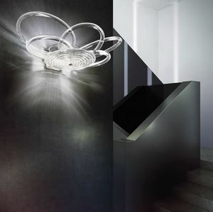 Flair applique, Lámpara elegante con marco de metal, difusores de cristal de alambre