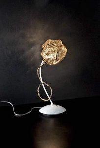 Gomitoli table lamp, Lámpara de mesa de metal con difusores de cristal