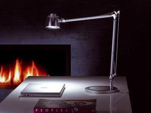 Mega Led, Lámpara de mesa LED, brazo de aluminio, para la oficina y el hogar