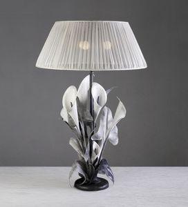 Art. 3002-03-00, Lámpara de mesa con diseño floral