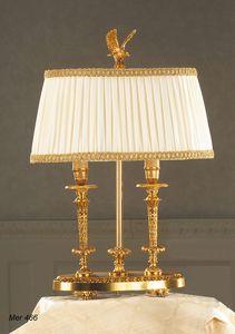 Art. MER 466, Elegante lámpara de mesa, con un estilo clásico