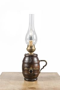 Art. SL 157, Lámpara de mesa, en forma de barril, estilo country