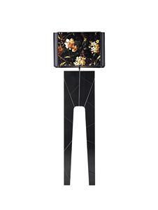 740303 Zarafa, Lámpara de pie con base en madera maciza lacada