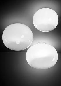 Aria, Plafones en forma de esfera aplanada.