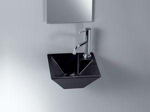 IDEA PIRAMID WASHBOWL, Un lavabo de cerámica, de espacio público