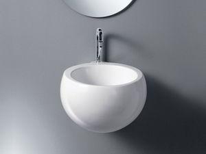 IDEA SPHERE WASHBOWL, Un lavabo de cerámica, de espacio público