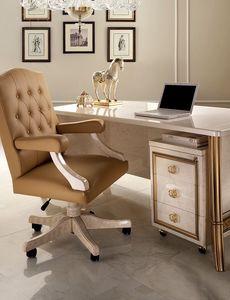Sillón de oficina Melodia, Sillón de oficina en un estilo clásico, base con ruedas, apoyabrazos tapizados
