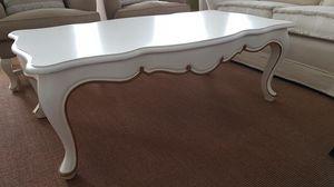 3500 Mesa de centro, Mesita lacada en blanco, en estilo clásico