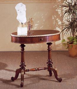 Art. 208, Pequeña mesa de estilo, en madera tallada, con tapa redonda