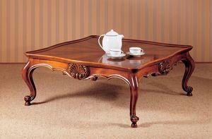 Art. 222/Q, Tradicional mesa de café de lujo, cuidadosamente tallada, para salón