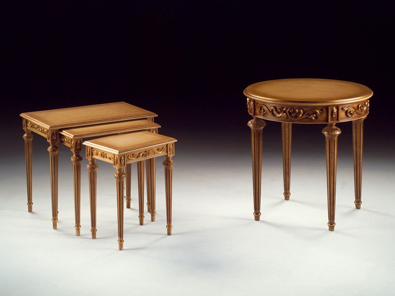 Art. 912 Decò, Tallada mesa de centro de madera, sala de estar clásica