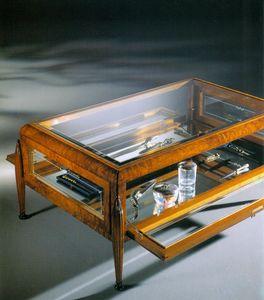 Art Déco Art.527 mesa pequeña, Mesa de centro con vitrina