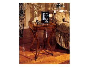 Marika side table 739, Mesa de centro cuadrada de estilo clásico en madera