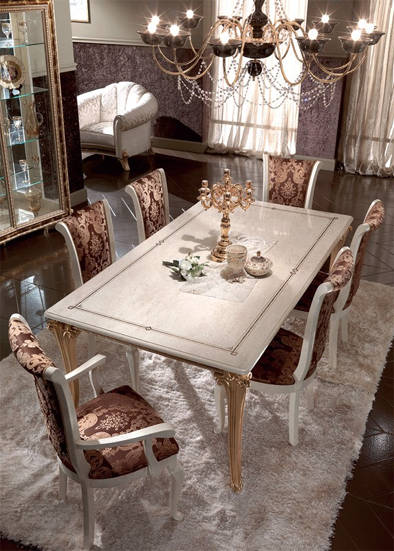Mesas de comedor clásicas, en madera decoradas con pan de oro, para ...