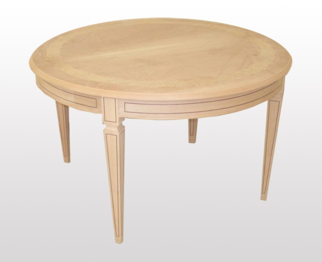 Mesa redonda extensible, de estilo clásico, con las piernas talladas ...