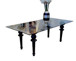 XC-01, Mesa con sobre de cristal