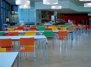 Ernesto Ice Restaurant, Mesas cuadradas, adaptable al mil�metro, apto para comedores