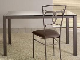 Orione Table, Mesa de comedor con tapa de cristal
