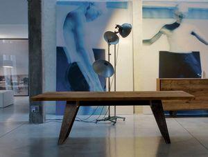 B-187, Mesa con sobre de madera maciza