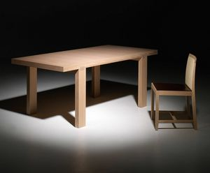 Tavira PR.0010, Mesa de roble contemporánea con patas ortogonales.