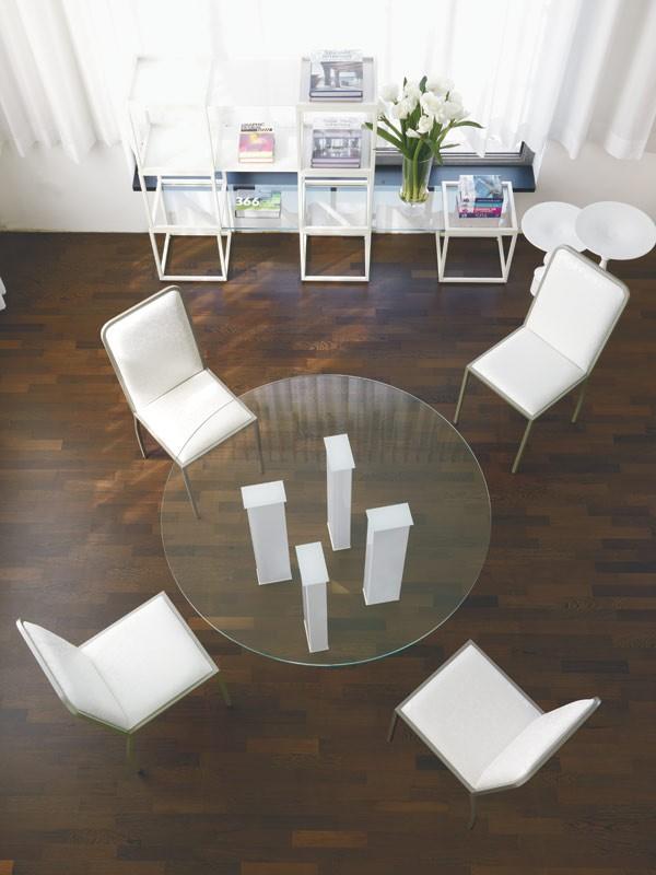 Mesa con tapa de cristal para el comedor   IDFdesign