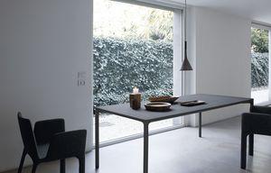 Boiacca rectangular, Mesa rectangular de hormigón para exteriores