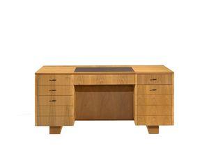 Roma 5078, Escritorio profesional de madera