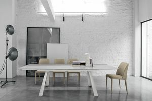 PONENTE 160 TA1A8, Mesa extensible moderna