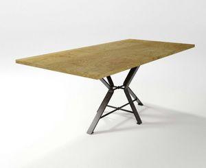 Aix, Mesa con base de hierro forjado