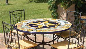 Rosa dei Venti antica, Mesa de jardín o para ambientes clásicos
