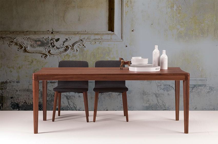 Mesa de madera para el comedor y la cocina | IDFdesign