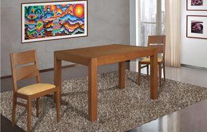 Art. 663, Mesa de madera con un diseño riguroso.