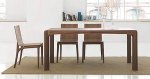 Kìnesis, Mesa de comedor de madera, con bordes redondeados